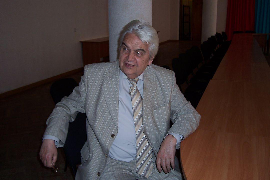 Евгений Крылатов krylatov.ru