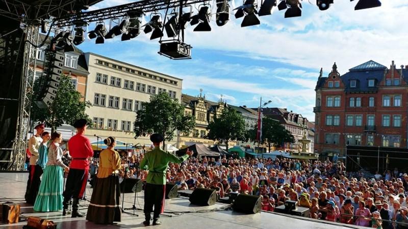 Казачья справа открывает фолк-фестиваль Еврорадио в Рудольштадте_Фото Людмилы Осиповой